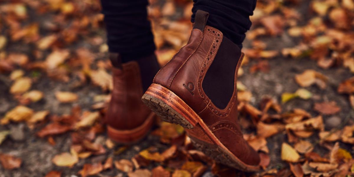 black brogue chelsea boots mens
