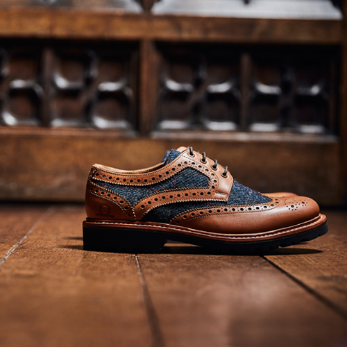 Hebrides Tan & Navy Brogue Shoes
